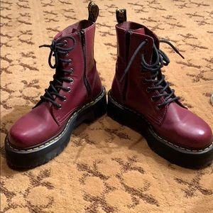 Dr Martens Jadon platform boot in red